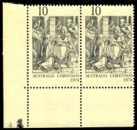 Lot 900:1974 Christmas BW #680zf 10c pair with Plate '4' at left
