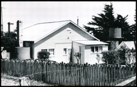 Lot 2936:Illabarook: black & white photo of PO taken 1971.  Renamed from Bull Dog PO 19/11/1874; closed 31/3/1971.