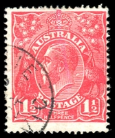 Lot 540:1½d Red Die I - BW #90(17)q [17R24] Series of white flaws diagonally from behind kangaroo's head to behind King's neck - retouched - ACCC State II, Cat $150.