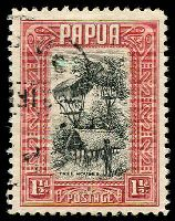 Lot 4155:1932-40 Pictorials SG #132 1½d black & lake Tree Houses.